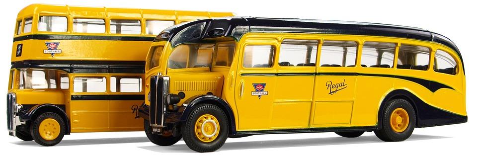 Englishe coach buses